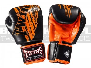 Rękawice Muay-Thai TWINS FBGV-TW2 - Black-Orange